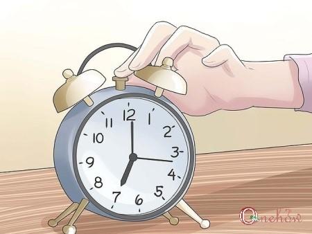چگونه صبح زودتر از خواب بیدار شویم
