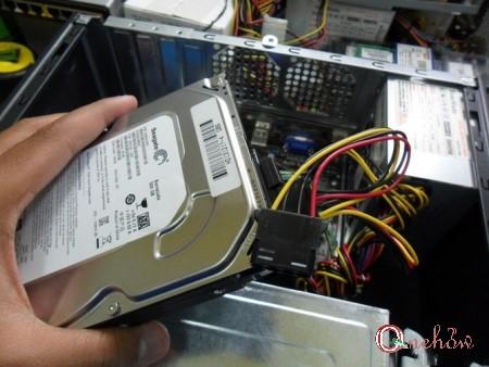 چگونه یک هارد دیسک روی کامپیوتر نصب کنیم - وان هو