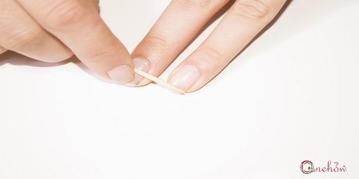 چگونه ناخن شکسته را ترمیم کنیم