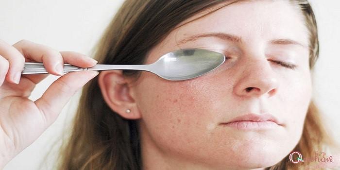چگونه سیاهی دور چشم را برطرف کنیم