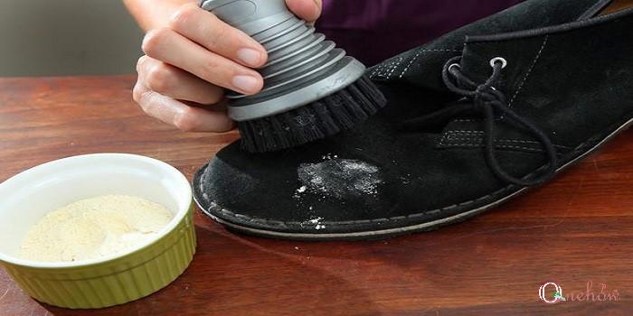 کفش جیر و تمیز کردن آن