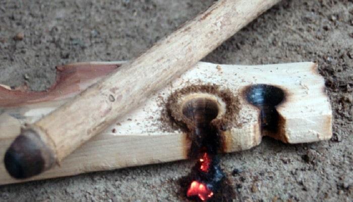 چگونه بدون کبریت آتش روشن کنیم